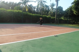 Y'all didn't know I can play like Serena?